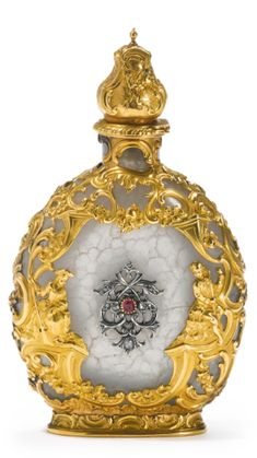 A large Gold-Mounted and jewel-set agate Scent Flask