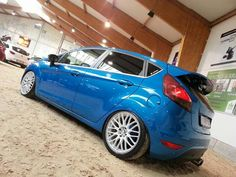 *MAKE /MODEL /YEAR /COLOR*. Ford fiesta