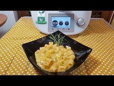 Macaroni And Cheese, Slow Cooker, Ethnic Recipes, Video, Food, Youtube, Thermomix, Mac And Cheese, Crockpot