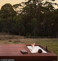 The tiny houses voted BEST in Australia The tiny houses voted BEST in Australia,SWW The home boasts an outdoor bath set into decking overlooking an expanse of native bush… Outdoor Bathtub, Outdoor Bathrooms, Outdoor Rooms, Outdoor Living, Outdoor Hot Tubs, White Bathrooms, Luxury Bathrooms, Master Bathrooms, Dream Bathrooms