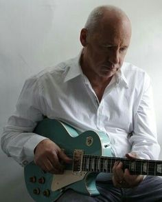 Mark Knopfler Music Guitar, Cool Guitar, Guitar Room, Music Love, Music Is Life, Rock Music, Best Rock Bands, Cool Bands, Best Music Artists