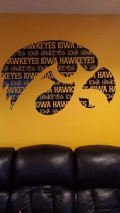 Hawkeye wall design. Suzie would have loved this on her wall in her basement! She was a big Hawkeye fan! :-)