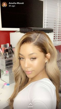 Shop our online store for blonde hair wigs for women.Blonde Wigs Lace Frontal Hair Blonde Roots Dark Hair From Our Wigs Shops,Buy The Wig Now With Big Discount. Hair Color For Dark Skin, Cool Hair Color, Dark Hair, White Hair, Honey Blonde Hair, Brunette Hair, Blonde Wig, Blonde Hair Brown Skin, Ciara Blonde Hair