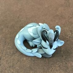 Handmade from high quality polymer clay, artist's mark on the bottom, inches Polymer Clay Dragon, Polymer Clay Animals, Cute Polymer Clay, Cute Clay, Polymer Clay Dolls, Polymer Clay Creations, Polymer Clay Crafts, Polymer Clay Jewelry, Moldes Halloween