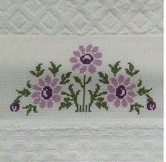 Cross Stitch Borders, Cross Stitch Designs, Cross Stitch Patterns, Baby Knitting Patterns, Embroidery Stitches, Elsa, Diy And Crafts, Easy Cross Stitch, Simple Cross Stitch