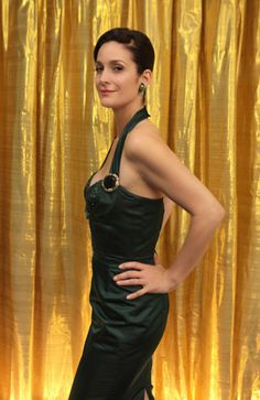 Carrie-Anne Moss' vintage 'Vegas' style, courtesy of Etsy