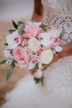 Vintage Whites Market: Inspiration: A Simple Floral Crown Pastel Wedding Theme, Romantic Wedding Colors, Fall Wedding, Wedding Ideas, Bride Bouquets, Floral Bouquets, Floral Wreath, Homecoming Corsage, Maui Weddings