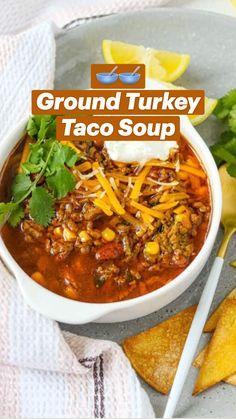 Haitian Food Recipes, Chilli Recipes, Bean Recipes, Taco Soup Recipes, Dinner Recipes, Turkey Chilli, Crockpot Turkey Chili, Healthy Turkey Chili, Ground Turkey Soup