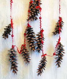 Pine Cone Holiday Garland Rustic Natural by EarthBeauties on Etsy