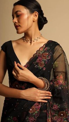Party Wear Indian Dresses, Indian Fashion Dresses, Indian Wedding Outfits, Indian Designer Outfits, Dress Fashion, Designer Dresses, Prom Dresses, Fashion Outfits, Saree Blouse Patterns