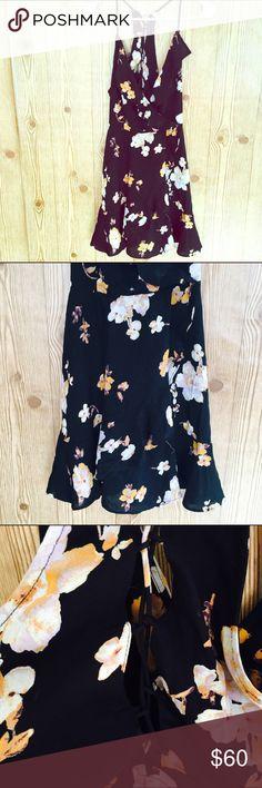 Kimchi Blue Black Floral Lace Up Back Dress! Size 10! Kimchi Blue Dresses
