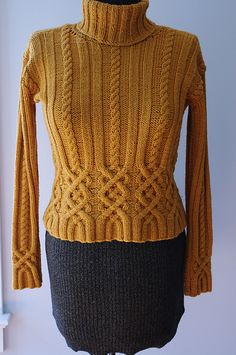 Love the cables around midriff, with ribs and cables continuing upward. Automatic shaping too! Cable Knitting, Sweater Knitting Patterns, Knitting Designs, Knitting Stitches, Knit Patterns, Hand Knitting, Hand Knitted Sweaters, Cable Knit Sweaters, Celtic