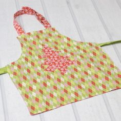 Apron or Art Smock - for kids and dolls | YouCanMakeThis.com