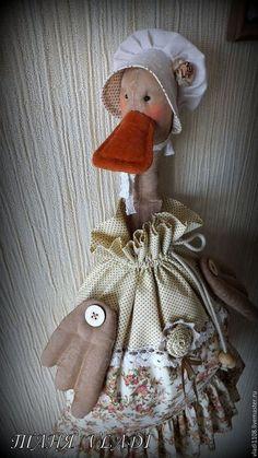 Кухня ручной работы. Ярмарка Мастеров - ручная работа. Купить ШЕББИ УТКА-2 пакетница. Handmade. Пакетница, кукла пакетница