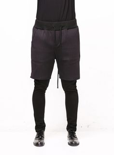 XQUARE 23 Quilted Shorts Layered Meggings Pants $58.00
