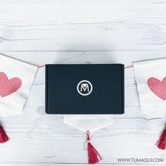 Amor es: destapar un cajita tumaqui Te enamorarás de lo que encontrarás en su interior! Visita nuestra página www.tumaqui.com o busca en nuestros post anteriores información de suscripción y entérate cómo puedes obtenerla. - #tumaqui #makeup #maquillaje #tips #belleza #contorno #makeuplover #makeuprevolution #labios #lipstick #iluminador #vidademaquilladora #gloss #blogger #envios #gratis #nacional #internacional #box #productos #instamakeup #base #blush #maquillador #delineador…