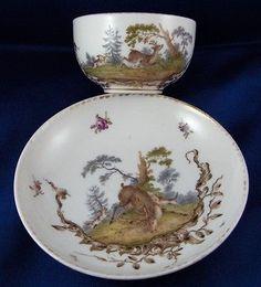 Antique Meissen Porcelain Hunting Scene Cup & Saucer Porzellan Tasse Scenic