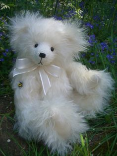 Pom Pom is tall and made from a luxurious long and fluffy ivory mohair with ivory silk paws. Her nose is hand embroidered and she. Bear Design, Applique Designs, Teddy Bears, Kids Toys, Doll Clothes, Plush, Handmade, Animals, Childhood Toys