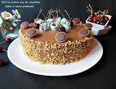 Iubitori de ciocolata, de visine, luati de priviti la acest tort, poate va face cu ochiul si il si pregatiti si voi. Este un tort supe... Food Cakes, Something Sweet, Tiramisu, Cake Recipes, Supe, Food And Drink, Birthday Cake, Pudding, Sweets