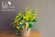Habi flower, Habi studio, flower arrangement, birthday flower, Habi design, flower box, flower basket, vintage flower