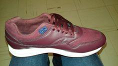 Tenis nuevos #New #shoes #vino