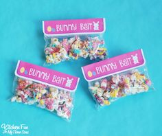 Bunny Bait - Easter White Chocolate Funfetti Popcorn including a Free Printable for kids to package up in baggies for a Easter class party at school!