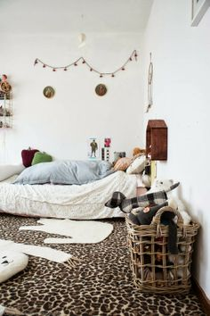 """I found """"My butt Small World"""" Bedroom Wall, Kids Bedroom, Bedroom Decor, Leopard Rug, Cheetah Print, Rue Verte, White Houses, Kid Spaces, Decoration"""