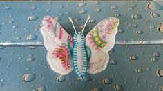 Broche de mariposa. 100% handmade. www.facebook.com/decoraire