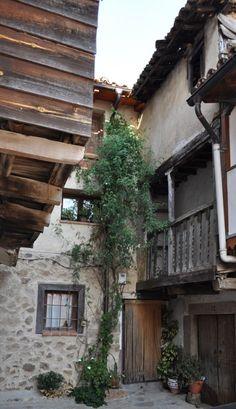 Rincones con encanto en las calles de Valverde de La Vera. Ven A Veragua y decubre la Vera. www.veraguaocio.com Alojamiento en La Vera. Turismo Extremadura - foto via Veragua