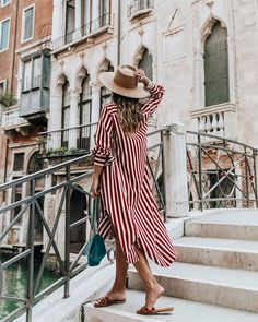 The best summer dresses of the moment, Spring Outfits, Summer outfit Best Summer Dresses, Summer Dress Outfits, Spring Outfits, Dress Summer, Summer Shoes, Striped Dress Outfit, Holiday Outfits, Fashion Mode, Look Fashion