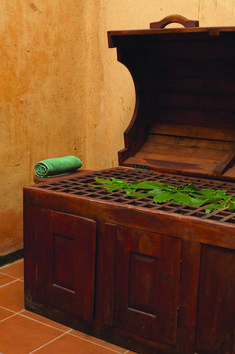 The herbal steamer is used after a Ayurveda massage and helps in removing toxins accumulated in the body. @ Amaya Hills Ayurveda Spa - Kandy, Sri Lanka