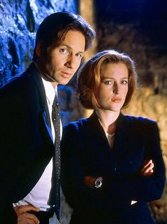 1993-2002, Fox What It's About: FBI agents Fox Mulder (David Duchovny) and Dana Scully (Gillian Anderson) are a pair of black-suited Kolchaks, investigating the cases