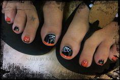 Halloween toe nails! Love!!!