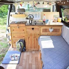 """Gefällt 5,801 Mal, 49 Kommentare - Vanlife Diaries (@vanlifediaries) auf Instagram: """" @tintoptales another classic setup. #vanlifediaries to be featured. We get inundated with your…"""""""