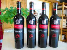 NOVINKA v našej ponuke - Neronet CH.O.P. z vinárstva Chateau Topoľčianky ---- www.vinopredaj.sk -----  Ochutnajte netradičnú odrodu a budete príjemne prekvapení. Kríženec odrôd Svätovavrinecké, Modrý Portugal a Alibernet.   #neronet #chateautopolcianky #inmedio #wineshop #delikatesy #vino #wine #wein #milujemevino #mameradivino #topolcianky #modryportugal #svatovavrinecke #alibernet #winesofslovakia #slovenskevino #chutne #dobrota #skvele #mimoriadne #vyborne #chutne