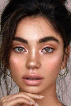 Red Eyeshadow Look, Summer Eyeshadow, Colorful Eyeshadow, Pink Eyeliner, Peach Eyeshadow, Eyeliner Makeup, Makeup Case, Eyeshadow Palette, Hair Makeup