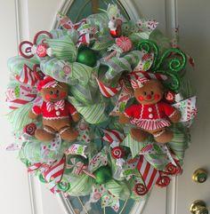 Gingerbread Couple Green Mesh Holiday Wreath Christmas Door Decor