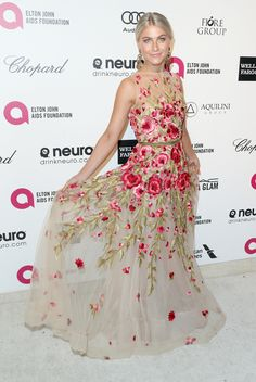 Julianne Hough Photos - Actress Julianne Hough attends the Annual Elton John AIDS Foundation's Oscar Viewing Party on February 2015 in West Hollywood, California. - Arrivals at the Elton John AIDS Foundation Oscars Viewing Party — Part 4 Julianne Hough, Celebrity Red Carpet, Celebrity Style, Oscar Fashion, High Fashion, Women's Fashion, Party Mode, Foundation, Nice Dresses