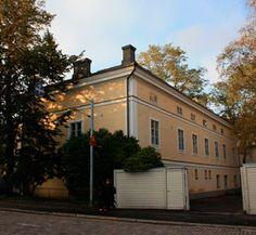 Vanha Tulli- ja pakkahuone, Aleksanterinkatu 1 / Mariankatu 3, Nykyisen rakennuksen rakennustyöt aloitettiin vuonna 1758.