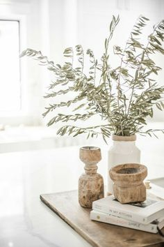 Interior Plants, Home Interior, Interior Styling, Interior Design, Apartment Decoration, Kitchen Island Decor, Country Kitchen, Kitchen Cabinets, Wooden Candle Holders