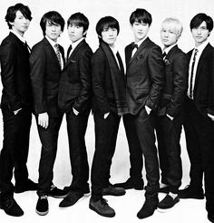 Kanjani8 new single will be out soon - Noroshi and black of night - good concept!