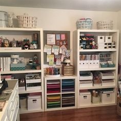 Check out Andrea Swenson's Workspace on IKEA Share Space.