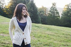 Cosy (me) is knitted from the bottom up, in one piece, with a lace pattern on the fronts. The sleeves are also knitted seamlessly by picking up stitches around the armhole and working short rows to shape the cap.  With its casual shape and its generous V neck, Cosy (me) is a perfect Fall cardigan, snug and warm at the same time.
