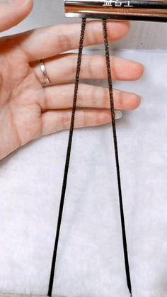 Diy Bracelets Patterns, Macrame Bracelet Patterns, Diy Friendship Bracelets Patterns, Diy Bracelets Easy, Bracelet Crafts, Macrame Jewelry, Handmade Bracelets, Handmade Jewelry, Leather Bracelet Tutorial