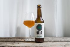 Brlo, Pale Ale - 6,0% - Clear amber-orange color with small head. Aroma is earthy, herbal hops, some toffee malts. Taste is earthy, herbal, grassy, floral hops again, caramel and toffee, a bit buttery. Crisp but little carbonation.