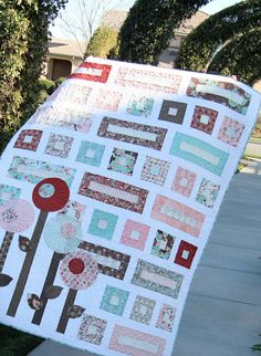 Jedi Craft Girl: My Favorite Quilt (Girls Quilt) Big Block Quilts, Quilt Blocks, Girls Quilts, Baby Quilts, Quilting Projects, Quilting Designs, Quilting Ideas, Signature Quilts, String Quilts