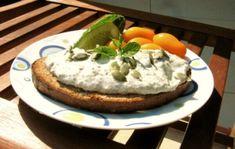 Kefir, Bagel, Butter, Eggs, Favorite Recipes, Bread, Breakfast, Food, Pesto