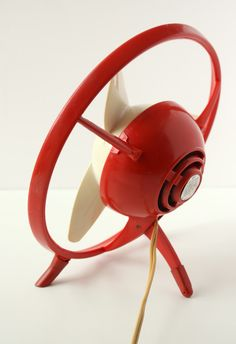 Midcentury design red fan