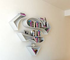 Best Superhero Wall Shelves for Kids of All Ages - Page 28 of 41 Superman Nursery, Superman Room, Superhero Room, Superman 3d, Hulk Superhero, Superman Symbol, Batman, Bookshelf Design, Bookshelves
