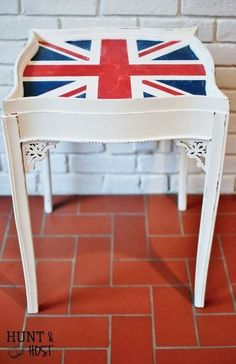 Side table makeover with a weathered flag using chalk paint.